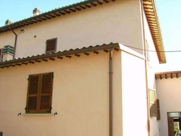 Casa Con Giardino Nocera Inferiore : Casa indipendente in vendita a nocera umbra con giardino