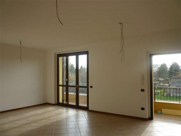 Appartamento in vendita a Gualdo Tadino, Con giardino, 106 mq - Foto 2