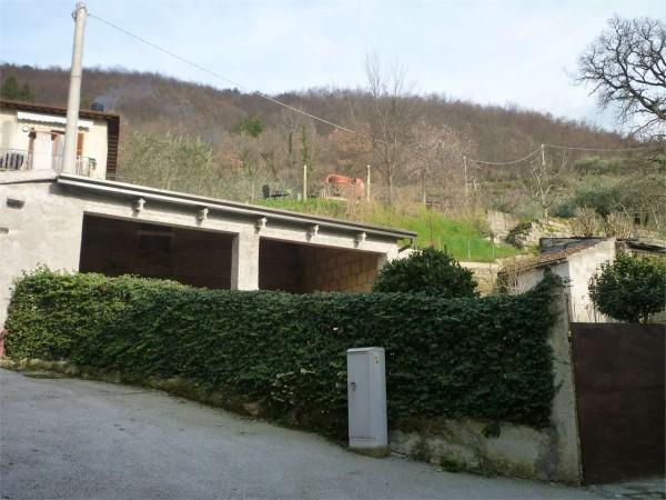 Casa indipendente in vendita a Gualdo Tadino, Con giardino, 80 mq