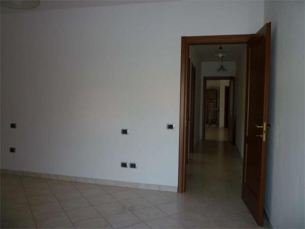 Appartamento in vendita a Gualdo Tadino, 110 mq - Foto 2