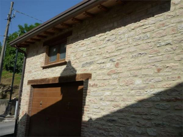 Casa Indipendente In Vendita A Nocera Umbra Con Giardino