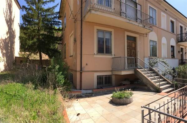 Villa in vendita a Gualdo Tadino, Arredato, con giardino, 320 mq - Foto 2