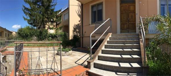 Villa in vendita a Gualdo Tadino, Arredato, con giardino, 320 mq