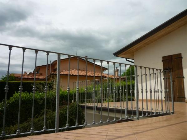 Villa in vendita a Gualdo Tadino, Con giardino, 260 mq - Foto 2