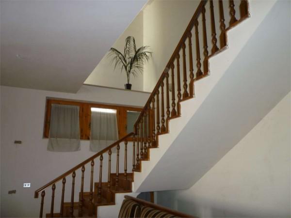 Villa in vendita a Gualdo Tadino, Con giardino, 220 mq - Foto 2