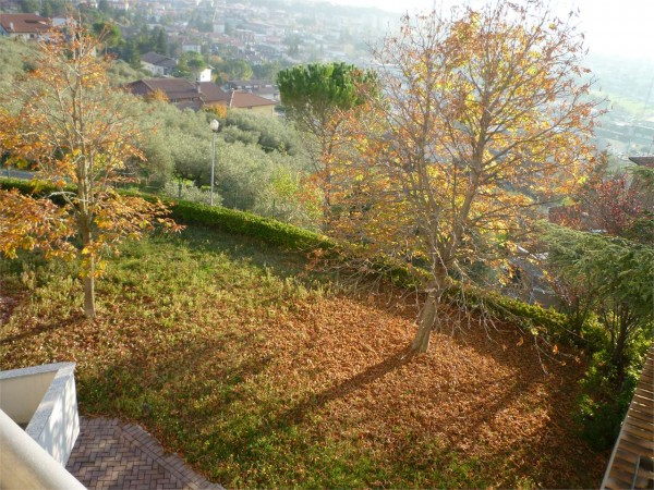 Villa in vendita a Gualdo Tadino, Con giardino, 265 mq - Foto 19