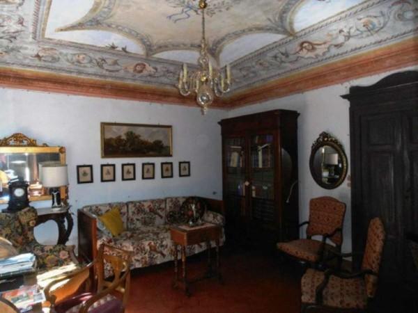 Rustico/Casale in vendita a Villafranca d'Asti, Agricola, Con giardino, 750 mq