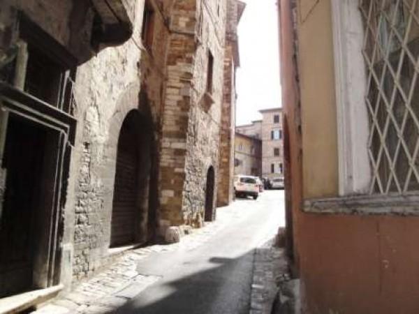 Appartamento in vendita a Perugia, Centro Storico, Arredato, 80 mq - Foto 1