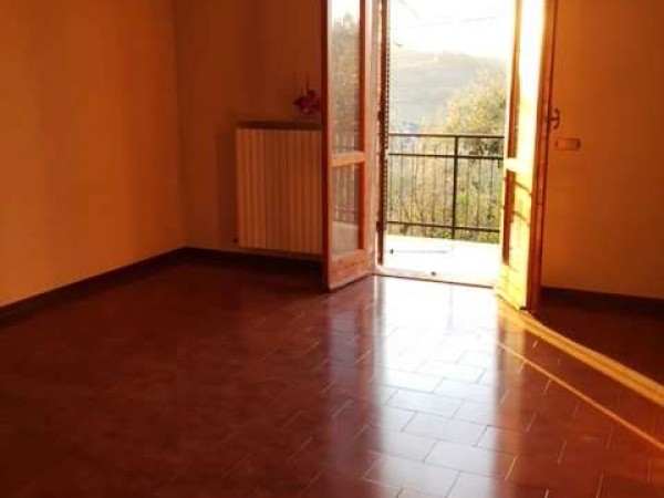 Villa in vendita a Perugia, Con giardino, 310 mq - Foto 2