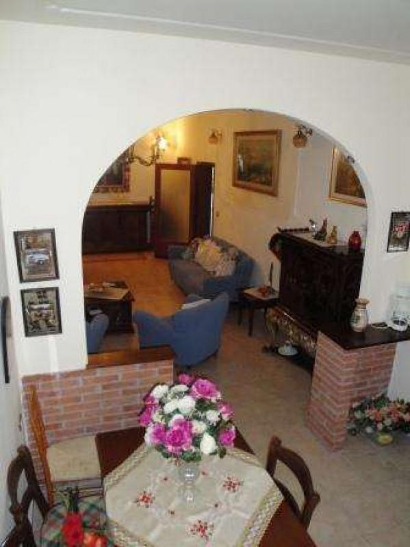 Villa in vendita a Castiglione del Lago, Con giardino, 245 mq - Foto 3