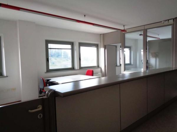 Ufficio in affitto a Perugia, Stazione, 120 mq