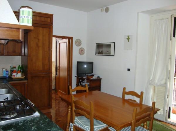 Trilocale in affitto a Perugia, Elce, 70 mq