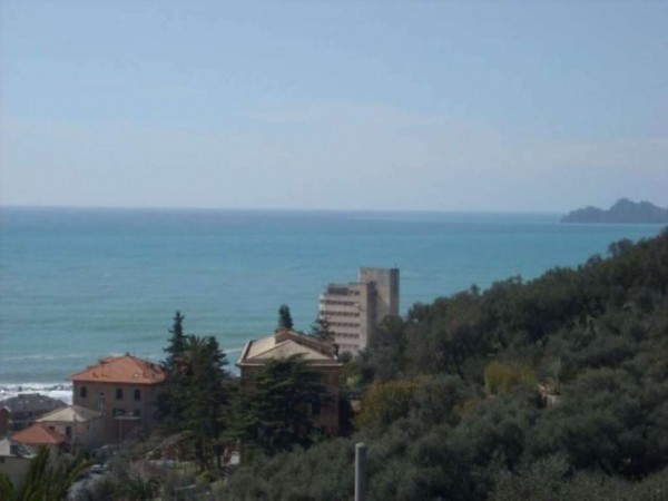 Appartamento in vendita a Chiavari, Bacezza, 120 mq
