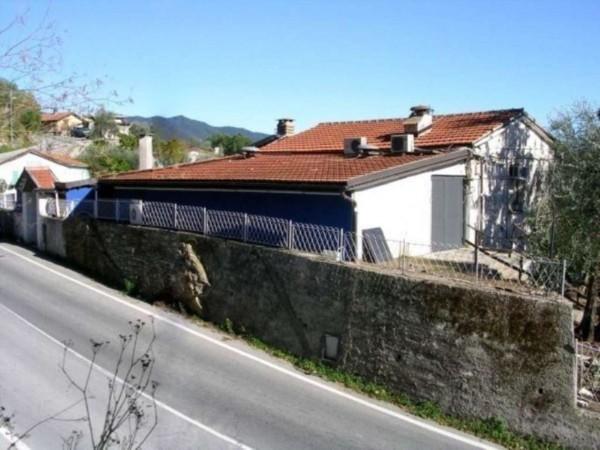 Negozio in vendita a Rapallo, 60 mq