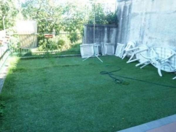 Appartamento in vendita a Chiavari, Con giardino, 75 mq