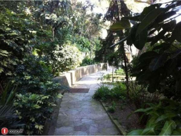 Appartamento in vendita a Recco, Centrale, Con giardino, 65 mq