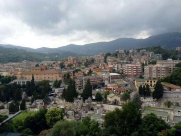 Appartamento in vendita a Rapallo, Centrale, 60 mq