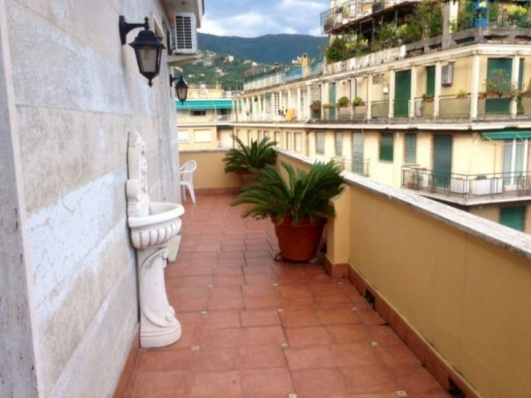 Appartamento in vendita a Rapallo, 100 mq