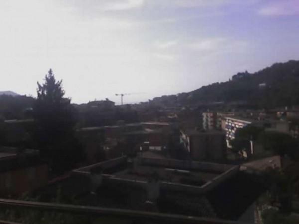 Appartamento in vendita a Rapallo, Centrale, Con giardino, 80 mq