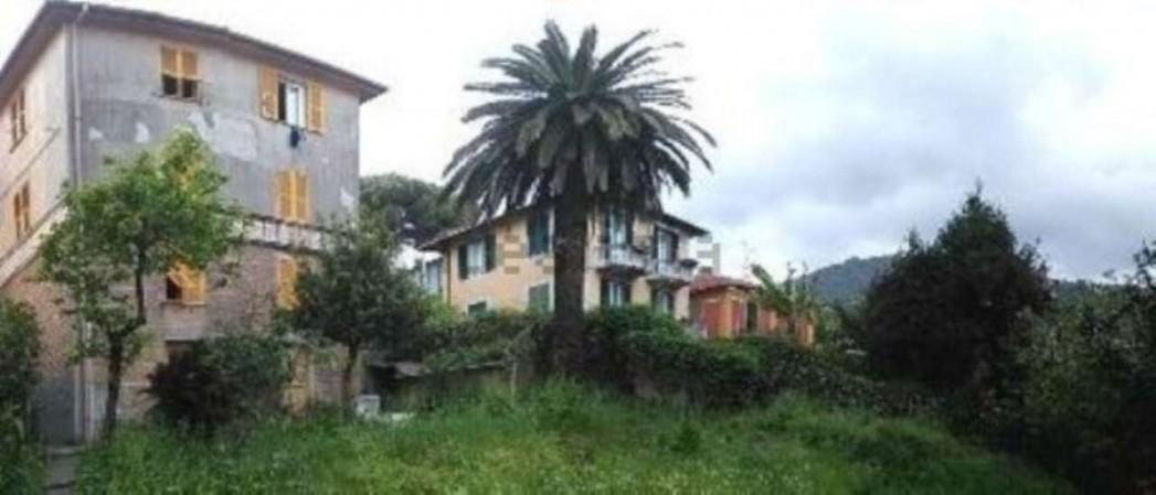 Villa in vendita a Rapallo, Centrale, Con giardino, 350 mq