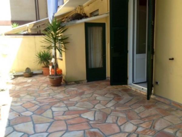 Appartamento in vendita a Rapallo, Centrale, 96 mq