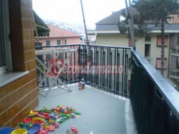 Appartamento in vendita a Rapallo, Con giardino, 65 mq