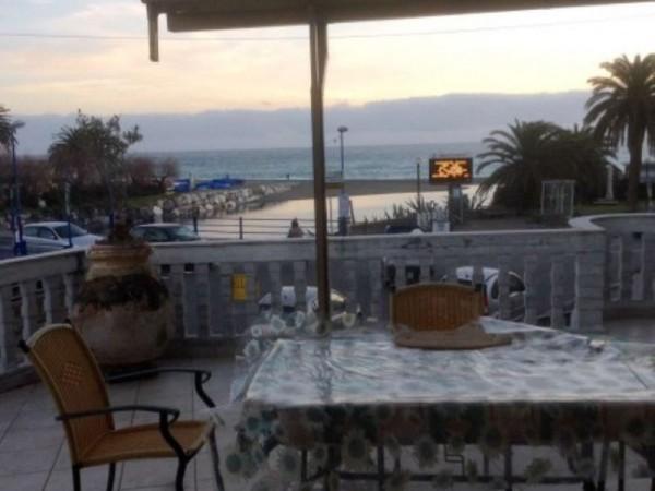 Appartamento in vendita a Sestri Levante, Mare, Con giardino, 150 mq