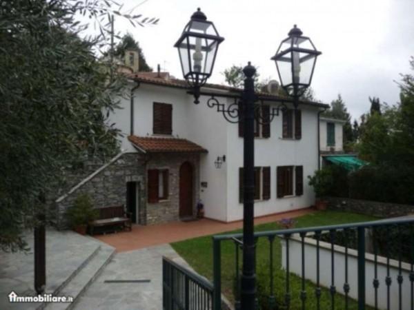 Villa in vendita a Rapallo, Chignero, Arredato, con giardino, 110 mq - Foto 1