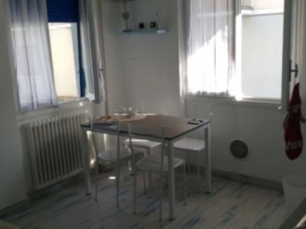 Appartamento in vendita a Rapallo, Centrale, Arredato, 45 mq