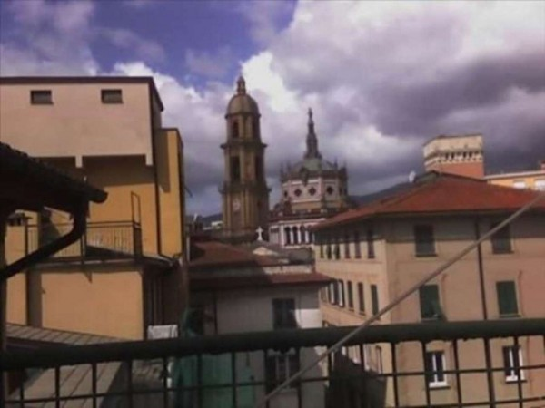 Appartamento in vendita a Rapallo, Via Mazzini, 130 mq - Foto 1