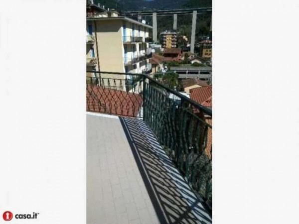 Appartamento in vendita a Rapallo, Via Betti, 76 mq