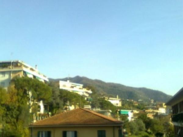 Appartamento in vendita a Rapallo, 65 mq