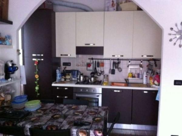 Appartamento in vendita a Rapallo, Centrale, 58 mq