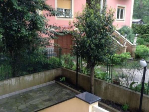 Appartamento in vendita a Rapallo, Centrale, Arredato, con giardino, 60 mq