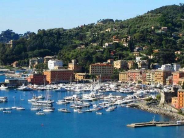 Appartamento in vendita a Santa Margherita Ligure, Corte, 75 mq