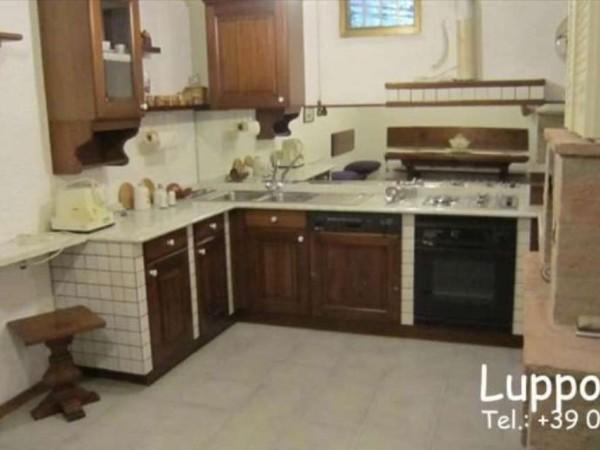 Appartamento in vendita a Monteroni d'Arbia, Con giardino, 200 mq