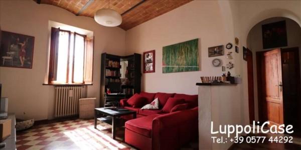 Appartamento in vendita a Siena, 85 mq