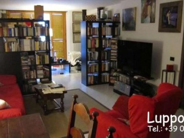 Appartamento in vendita a Castelnuovo Berardenga, Con giardino, 80 mq - Foto 2