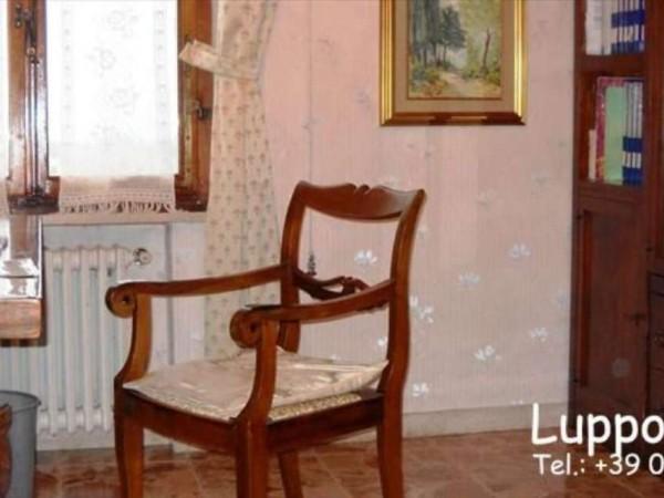 Appartamento in vendita a Castelnuovo Berardenga, 160 mq - Foto 2