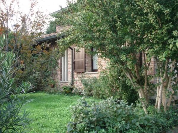 Villa in vendita a Bagnolo Cremasco, Residenziale, Con giardino, 250 mq - Foto 1