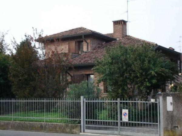 Villa in vendita a Bagnolo Cremasco, Residenziale, Con giardino, 250 mq - Foto 2