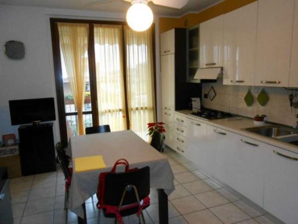 Appartamento in vendita a Spino d'Adda, Residenziale, Con giardino, 82 mq