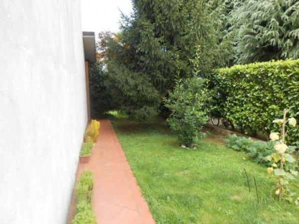 Villetta a schiera in vendita a Crema, Crema A 5km, Con giardino, 150 mq - Foto 2