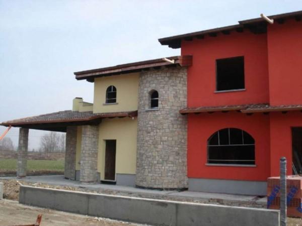 Villa in vendita a Crema, Residenziale A Pochi Minuti Da Crema, Con giardino, 150 mq - Foto 2