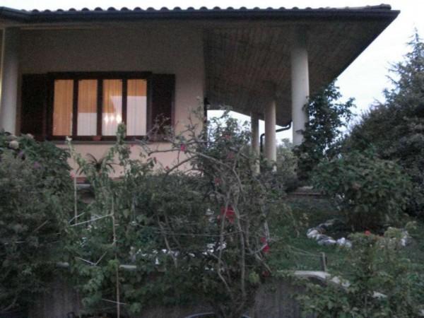 Villa in vendita a Pandino, Residenziale, Con giardino, 280 mq