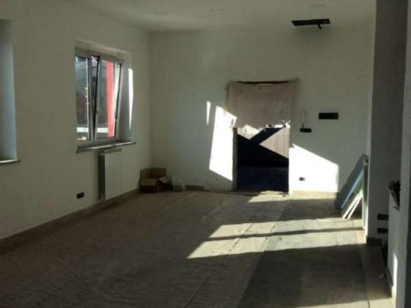 Ufficio in affitto a Rivoli, 300 mq