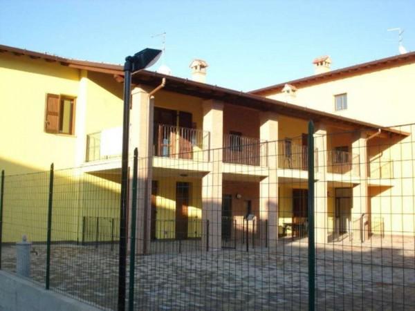 Appartamento in vendita a Casaletto Vaprio, Centro, 83 mq