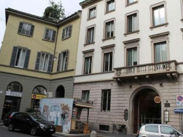 Ufficio in affitto a Milano, Duomo, Vittorio Emanuele, 1500 mq