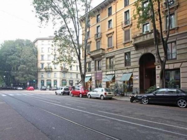 Appartamento in vendita a Milano, Tamburini, 130 mq