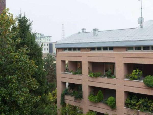Appartamento in vendita a Milano, San Siro, Con giardino, 169 mq